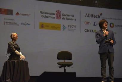 Luis Piedrahita Sophia Gala Científica de Navarra SciencEkaitza